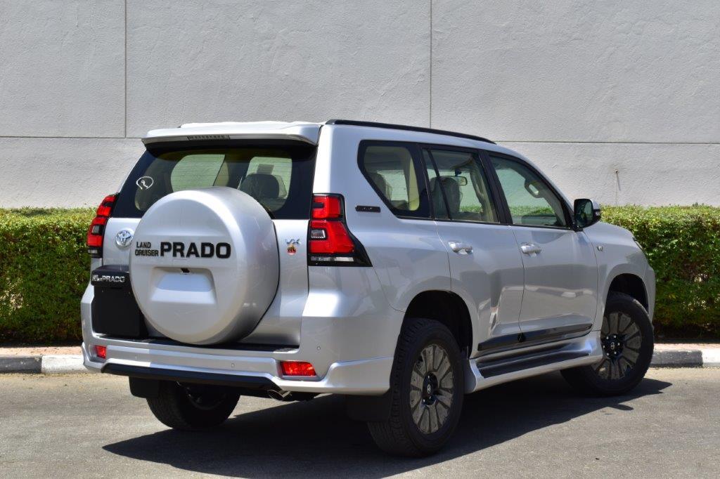 TOYOTA PRADO VX V6 4.0L PETROL AT MIDNIGHT EDITION back face of prado