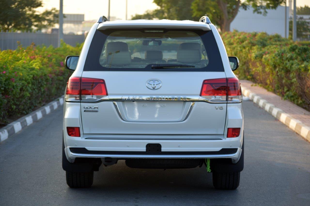 TOYOTA LAND CRUISER 200 GX-R Back full view car