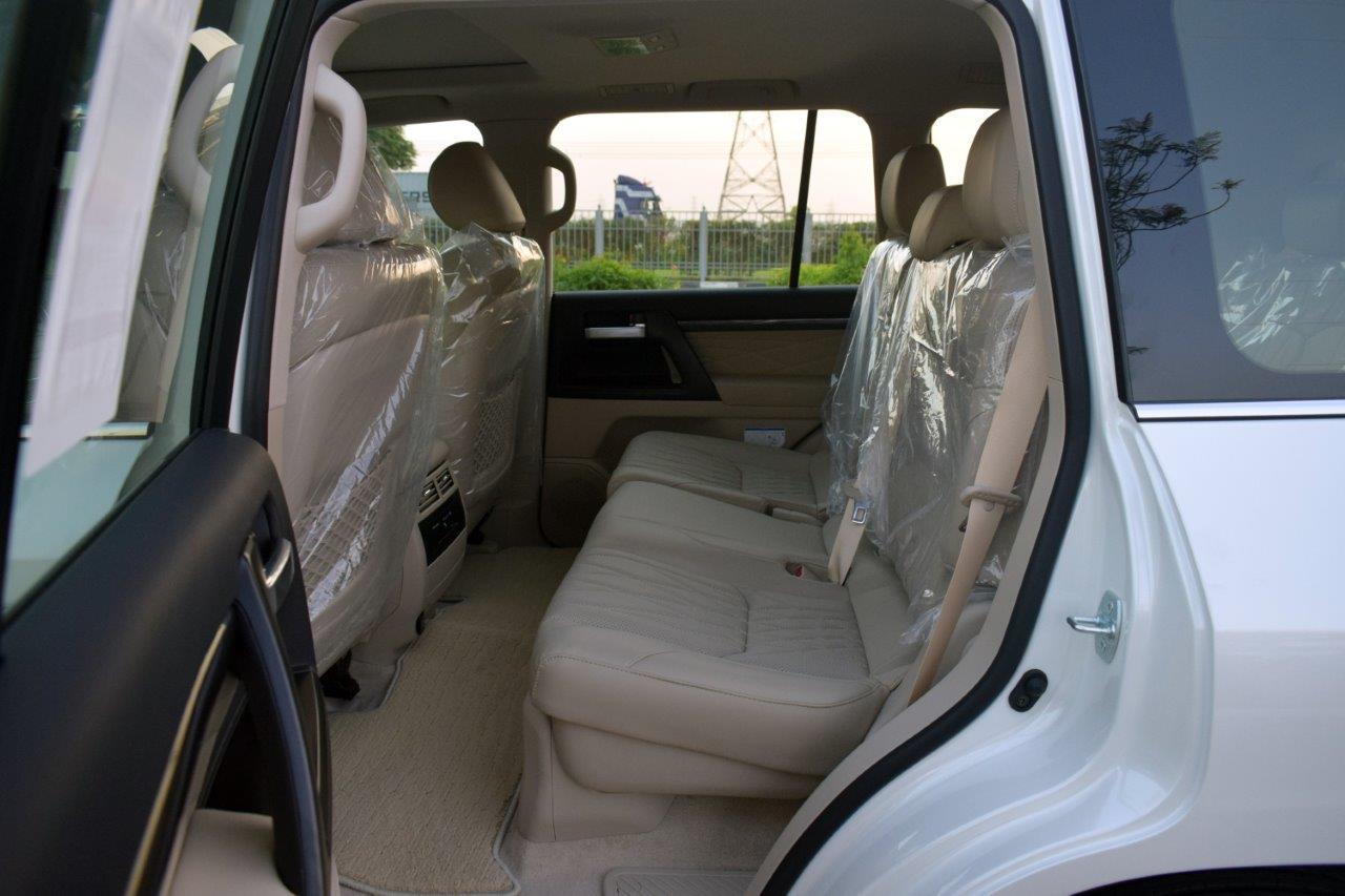 TOYOTA LAND CRUISER 200 GX-R Back Seat View