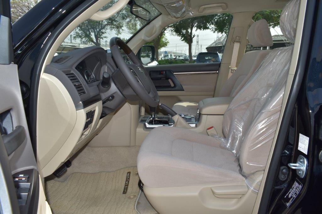 TOYOTA LAND CRUISER 200 GX R front full seat view