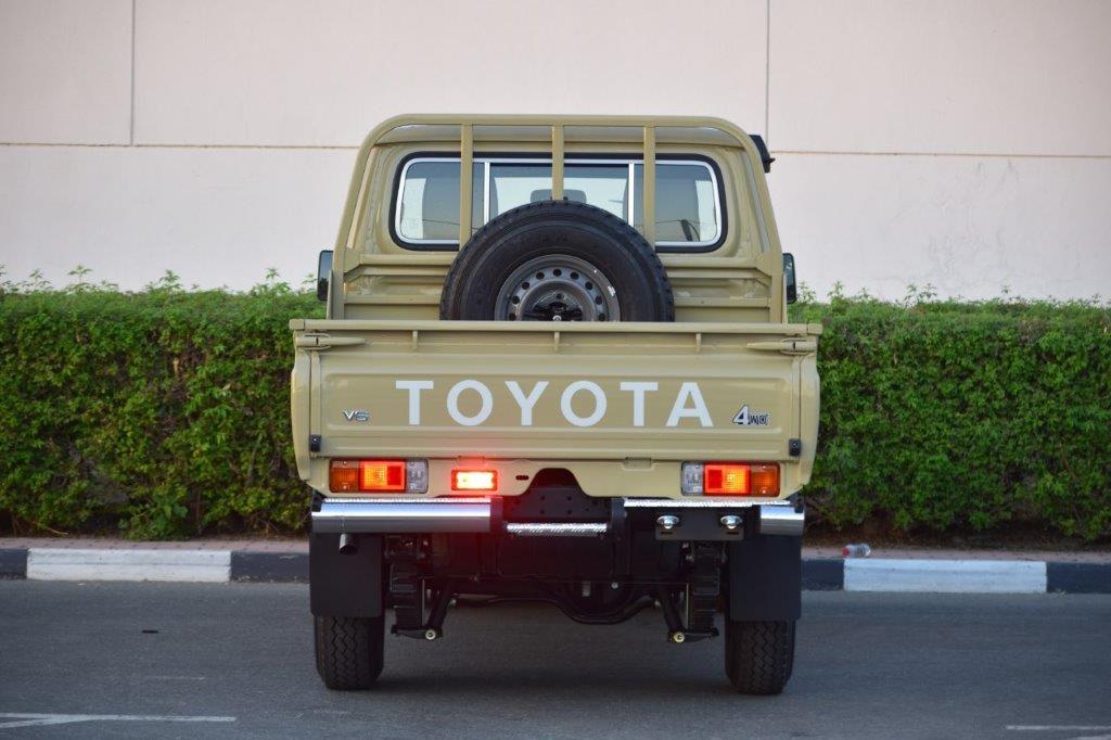 TOYOTA LAND CRUISER 79 DC PICKUP LX V6 4.0L MT