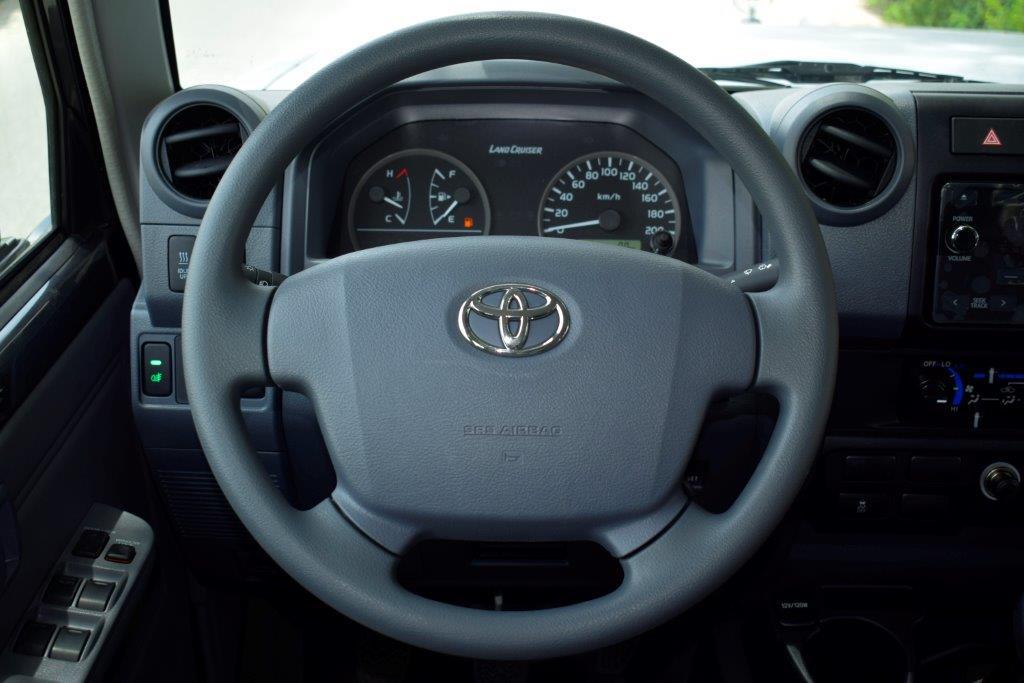 LC79 Xtreme Full interior image