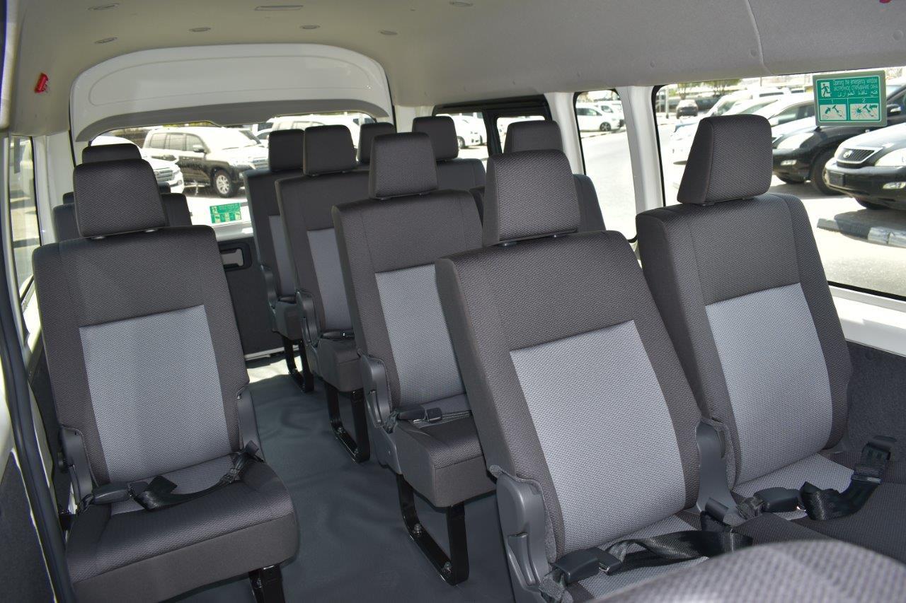 2022 HIACE MT BACK SEAT VIEW