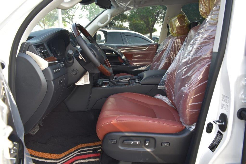 LEXUS LX450D FRONT SEAT IMAGE
