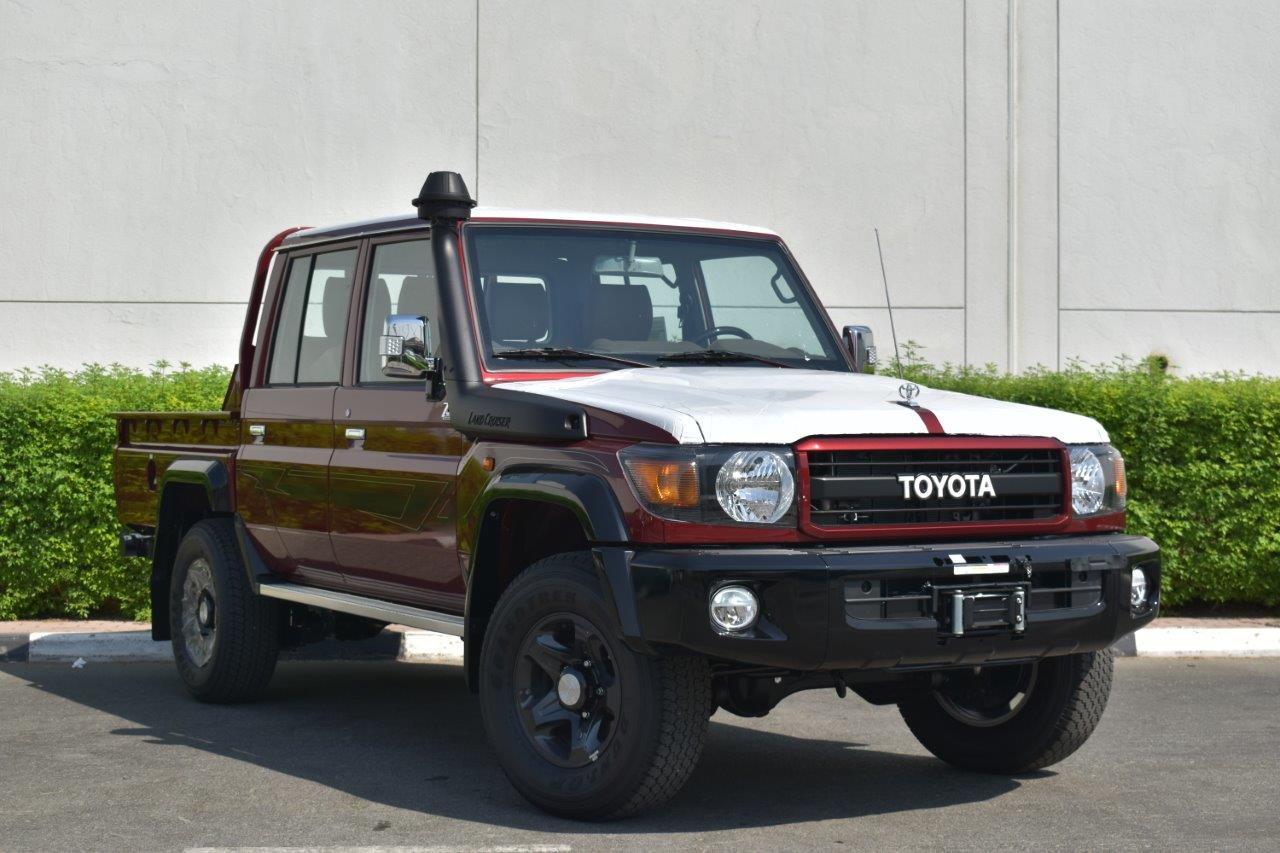 2022 toyota LC 79 Dc Pickup petrol Limited 70th anniversary